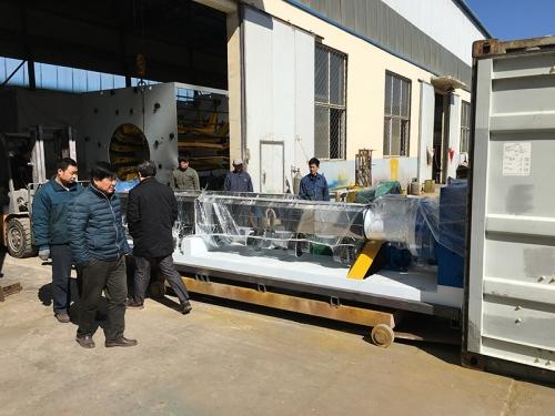 3PE管材生产线发往俄罗斯